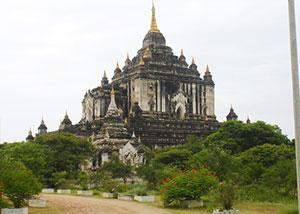 Thatbyinnyu-Temple